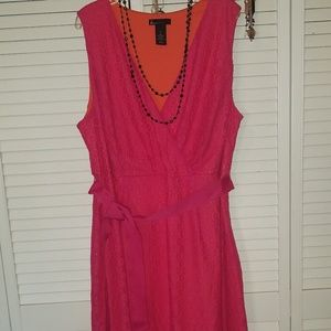 Vibrant midi sleeveless dress size 16